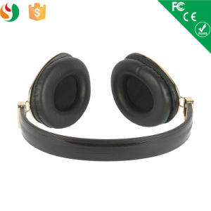 Factory Direct Sale Headphones Heavy Bass Headsets for Mobile Phone pictures & photos