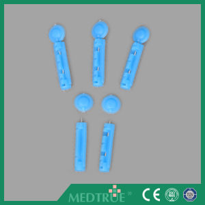 CE/ISO Approved Medical Disposable Flat Type Twist Blood Lancet (MT58053005) pictures & photos