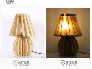 Wooden Study Touch Sensor LED Desk Lamp pictures & photos