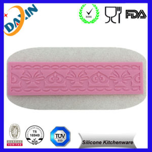 Wholesale Silicone Ice Cube Tray Ice Cream Tools pictures & photos