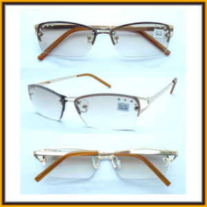 RM15045 New Design Fashion Diamond Occhiali Da Lettura Reading Glasses pictures & photos