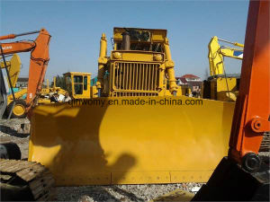 Second Hand Komatsu Crawler Hydraulic Bulldozer with Winch (D155A) pictures & photos