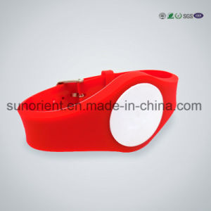 Great Quality Silicone Wristband/Bracelet pictures & photos