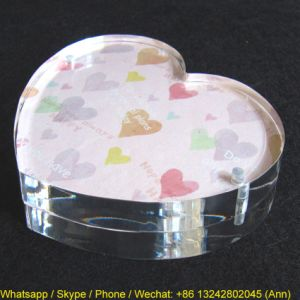 3.5 Inch Heart Shape Acrylic Photo Frame pictures & photos
