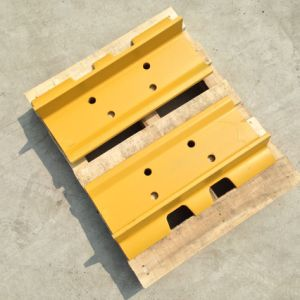 Steel Track Shoe D7g for Caterpillar Komatsu Bulldozer and Excavator pictures & photos