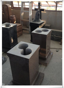 China Factory Supply Granite Ossuary in The Memorial Garden pictures & photos