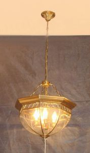 Brass Pendant Lamp with Glass Decorative 18998 Pendant Lighting pictures & photos