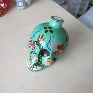 Hand Paint Skull Glass Bottle pictures & photos