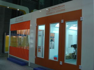 Car Spraying / Painting/ Baking Booth (WLD 9200) pictures & photos