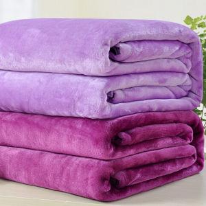 Polyester Wholesaler Flannel Fleece Blanket pictures & photos