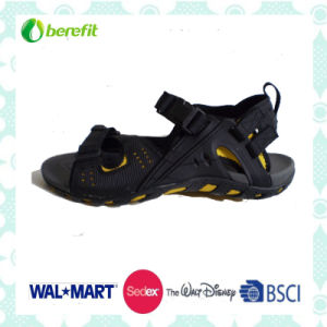 PU and Nubuck Upper with TPR Sole, Men′s Sporty Sandals pictures & photos