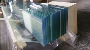 Low-E Clear Louver Glass with Straight Polished Edge Work pictures & photos