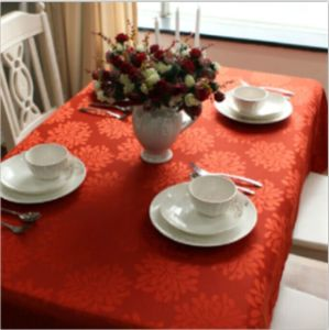 100% Polyester Solid Jacquard Tablecloth pictures & photos