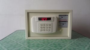 Digital/ Electronic Safe for Hotel Room Use with Ce Certificate pictures & photos