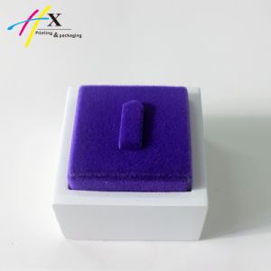 Guangzhou Factory Make Custom Leather Jewelry Case Stand Display pictures & photos