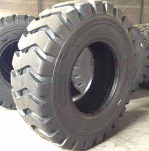 Fullstar Tyre 15.5-25, 17.5-25, 20.5-25, 23.5-25, 18.00-25 off The Road Tyre, E3/L3 Pattern OTR Tyre pictures & photos