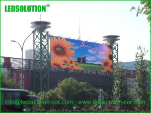 Large Format Outdoor Transparent LED Billboard pictures & photos