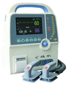 Defibrillator Monitor with CE Approval pictures & photos
