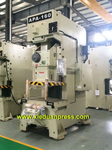 Taiwan Model 160ton Electric Heater Stamping Press pictures & photos