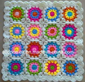 Custom New Design Fancy Decorative Hand Knitted Crochet Flower Cushion pictures & photos