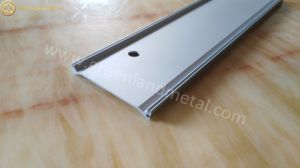 Aluminium Profile for Transporter Pad Used in Assembly Line Work pictures & photos