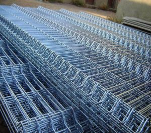 Welded Mesh Panel/ PVC Coated Metal Wire Fence Panels pictures & photos