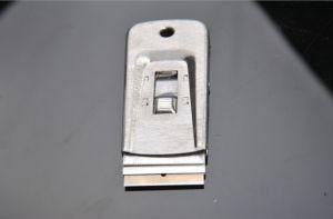 Mini Razor Blade Window Pocket Scraper (YYS-050) pictures & photos