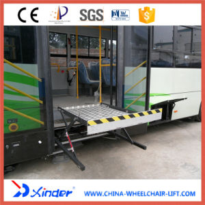 CE Electrical & Hydraulic Wheelchair Lift for Bus Platform (WL-UVL-700) pictures & photos