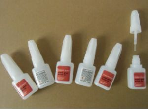 Benzene Free Super Strong Nail Glue pictures & photos