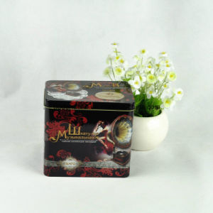 Custom Round Music Box with Twisting Handle pictures & photos
