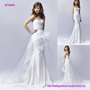Gorgeously Contemporary Detachable High-Low Tulle Skirt with Horsehair Hem for an Added Touch of Flair Wedding Dress with a Sparkling Beaded Belt on The Waist pictures & photos
