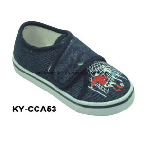 China Wholesale Child Casual Shoes Canvas Upper Injection Sole pictures & photos