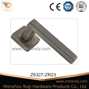 Furniture Hardware Zinc Aluminum Internal Chrome Door Handle (Z6387-ZR23) pictures & photos