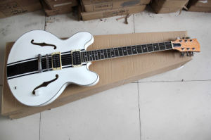 Hanhai Music/White Semi-Hollow Electric Guitar with Mahagany Neck (ES-335) pictures & photos