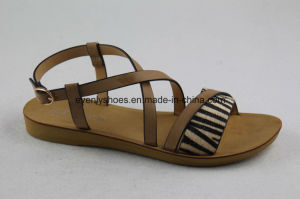 New Arrival Flat Heel Leather Sandal for Lady pictures & photos
