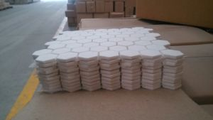 92% 95% Al2O3 High Wear Resistant Hexagonal Alumina Ceramic Tile pictures & photos