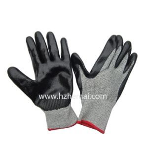 Hppe Gloves Nitrile Coated Anti Cut Gloves Safety Work Glove pictures & photos