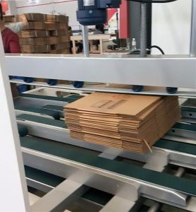 Automatic Cardboard Boxes Sheet Folding Gluing Machine Manufacturers pictures & photos
