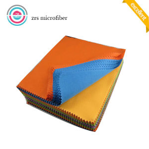 Custom Pantone Color Microfiber Optical Cleaning Cloth pictures & photos