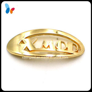 Custom Arc Shape Golden Badge for Fashion Clothes pictures & photos