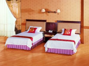 Custom Made High Quality Five Star Hotel Furniture Standard Room Set pictures & photos