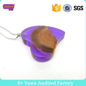 Colorful Resin Wood Pendant Necklace 2017 pictures & photos