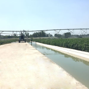 China Serviceable Agricultural Lateral Irrigation System for Large Farmland pictures & photos