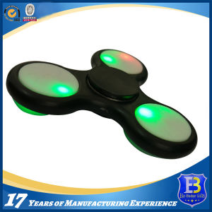 2017 Hot Sale LED Finger Spinner pictures & photos