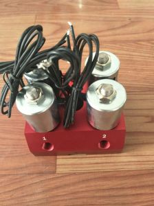 Ningbo Pneumatic Slgpc-4sc Air Suspension 4 Solenoid Valve 12V pictures & photos