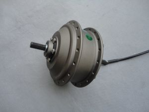 Hot Fashion 18inch Wide Tyre Electric Hub Motor pictures & photos