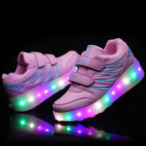 Hot Style Lighting up 2 Weel Kids LED Roller Skate Shoes pictures & photos