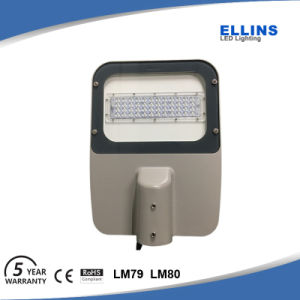 Philips Outdoor IP66 Parking Lot Area Light LED Street Light Lamp pictures & photos