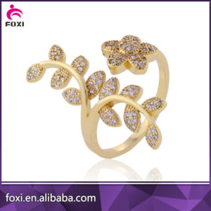 Hot Sale Handmade Engagement CZ Ring pictures & photos