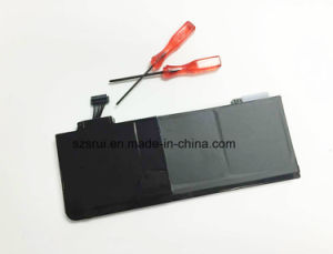 Notebook Lithium Laptop Battery for MacBook Laptops (A1322) pictures & photos